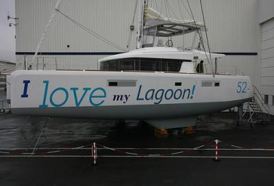 Lagoon 52, multi... task