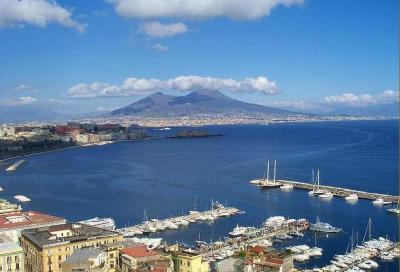 Navigare rimane a Napoli