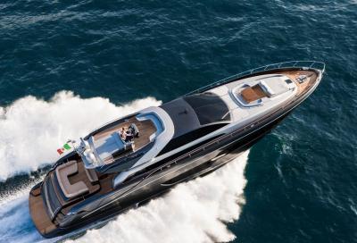 Riva 88, lo yacht decapottabile