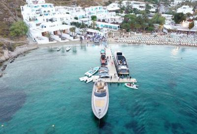 Riva inaugura un molo privato a Mykonos