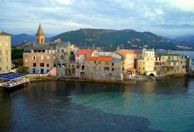 Corsica generosa