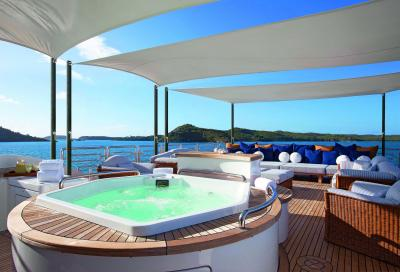 Tendalino per grandi yacht firmato Besenzoni