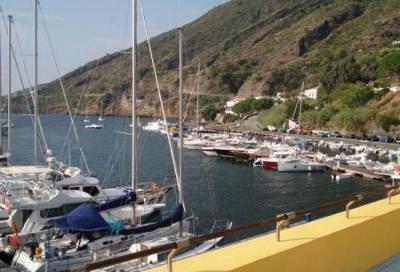 Porto delle Eolie, servizi a (caro) pagamento