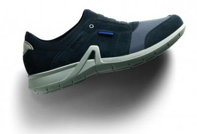 Sneaker e mocassino