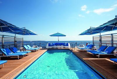 Benetti Seasense, laguna blu