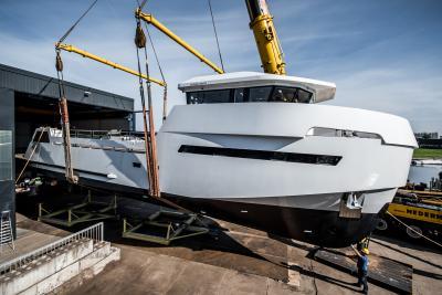 Lynx Yachts, il battesimo del 24 Evolution