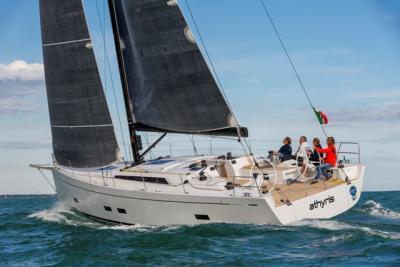 Grand Soleil 48 Race, un racer cruiser per dominare in regata e godersela in crociera
