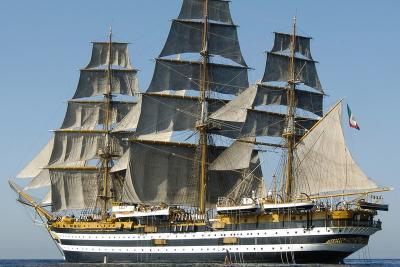 Anche l'Amerigo Vespucci al 6° Convegno nazionale sulle imbarcazioni d'epoca