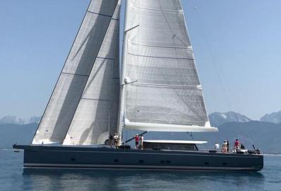 "Vismara V100 B, il deck saloon ""Fast Ocean Cruiser"""