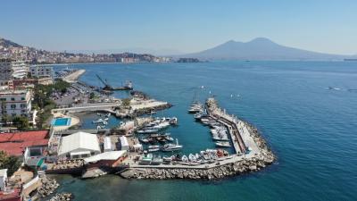 Napoli parte Navigare il salone con le prove in mare