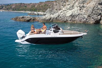 Next 220 SH trionfa al Croatian Boat of the Year