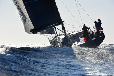 Prova First 53, foto e video durante i test dell'European Yacht of the Year!