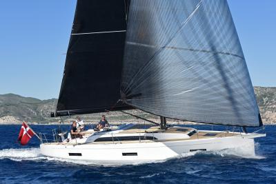 Test X-Yachts X40 vincitore dell'European Yacht of the Year: come naviga, pregi e difetti