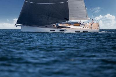 Solaris 80RS, ocean cruiser ad alto tasso custom
