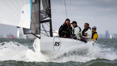 RS 21 One Design, barca da regata facile e veloce