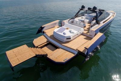 Evo Yachts lancia a Cannes il nuovo R6 Open