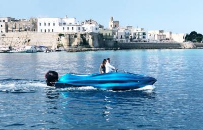 MAMBO, la prima barca al mondo stampata in 3d in vetroresina