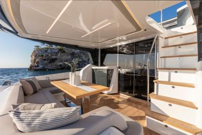 Test Pearl 62, family boat con quattro cabine e cinque anni di garanzia