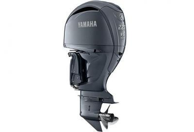 La nuova gamma di motori Yamaha Premium V6