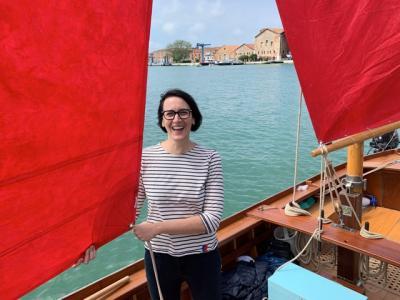 Una regata per celebrare il volume Red Regatta dell'artista Melissa McGill