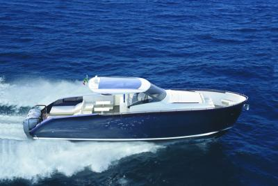 Parte da Miami l'avventura dell'Austin Parker 44 Ibiza Outboard