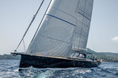 Ice Yachts 70, tecnologia allo stato puro