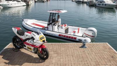 Un battello di Yamaha Marine per i 60 anni di attività nel circuito racing
