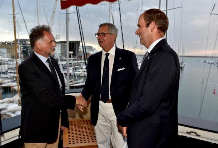 Italia Sailing Team a The Ocean Race 2022-23