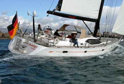 Oyster 655, confort e velocità