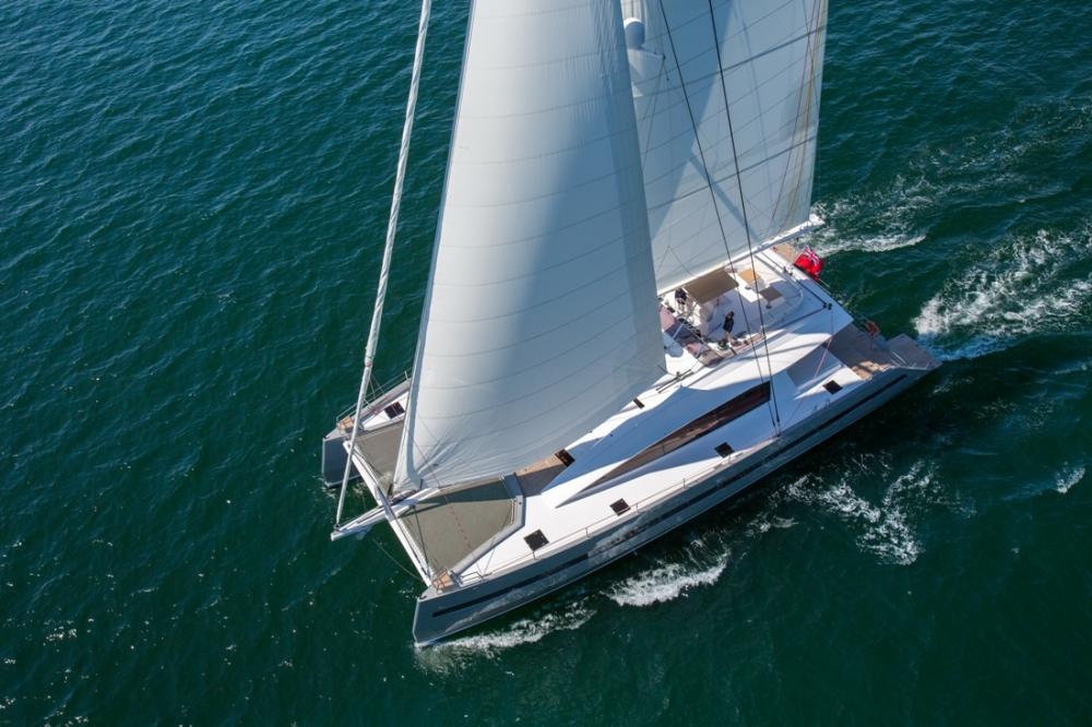 Jfa yachts long island 85 vela e motore for 110 piedi in metri